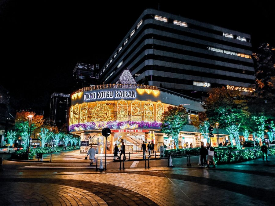 Vibrant+decorations+light+the+malls+and+trees+in+Ikebukuro%2C+Tokyo%2C+Japan+during+December.%0APhoto+courtesy+of+Jamie+Mi.